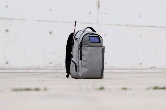 Zaino Lifepack, accessorio Smart per i viaggiatori